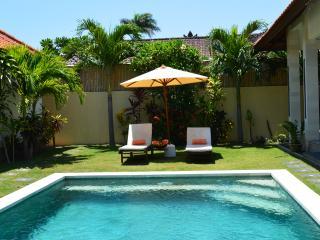 villA NOE 2 chambres piscine privée, Kerobokan