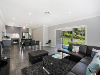 UMINA BEACH LUXURY  - UMINA BEACH