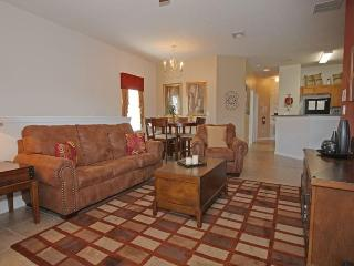 Luxury Family Condo - 1.5 Miles to Disney!, Celebration