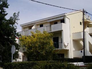 7147  A33(2+2) - Zadar