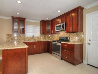 Spacious and Impressive Design 3 Bedroom, 2 Bathroom Home in San Jose - 4+ Star Home, New Almaden