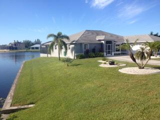 Spectacular Sw Cape Coral South Facing Pool Home