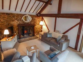 CWM HEAD COURT, woodburner, WiFi, character cottage surrounded by walks, Church