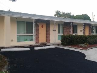 Wilton Manor, Wilton Manors