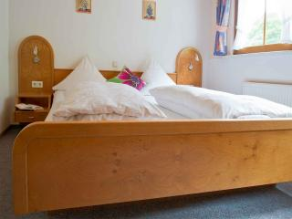 Vacation Apartment in Bad Rippoldsau-Schapbach - 2 bedrooms, 1 living / bedroom, max. 6 persons (# 9093)
