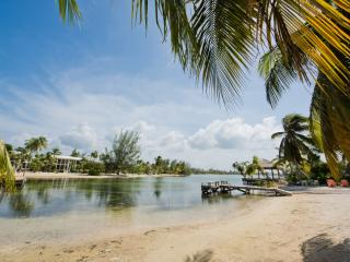 Rum Haven, Grand Cayman