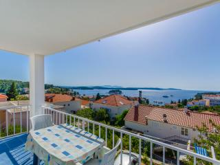 Apartments Ranka - 36541-A1, Hvar