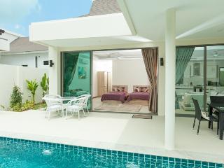New 4 bed Villa in KaVilla residence near beach, Rawai