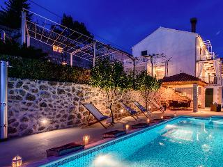 Dalmatian Villa Maria, Mlini