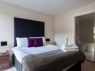 Exquisite 2Bed Apartments in Lantern Court, London