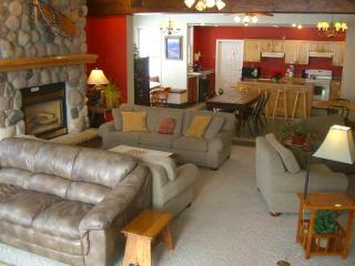 Private Family Room, Sleeps 4, Crested Butte
