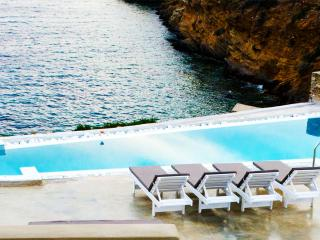 Swimming pool  | Athina Ios Villa | Luxury Villa in Ios Island