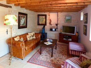 Chez Hall - La Grange. charming barn conversion, Meursault