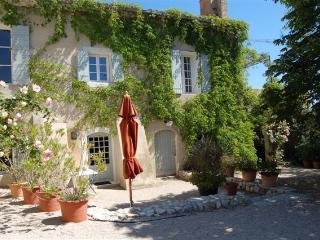 Domaine de L'Aiguille 'Cicero', Saint-Rémy-de-Provence
