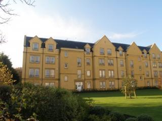 15 Adamson Court, St Andrews