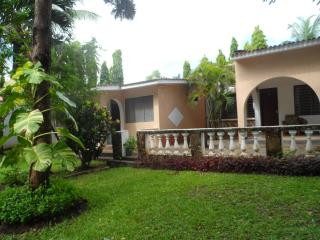 KAMSONS VILLA - HOME AWAY FROM HOME