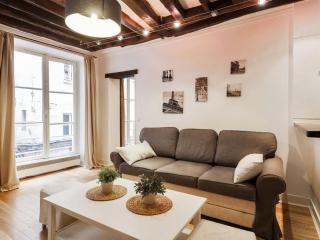 Rue Saint-Jacques apartment in 05ème - Quartier Latin with WiFi., Parigi