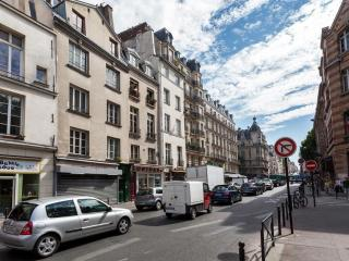 Rue Saint-Jacques apartment in 05eme - Quartier Latin with WiFi.