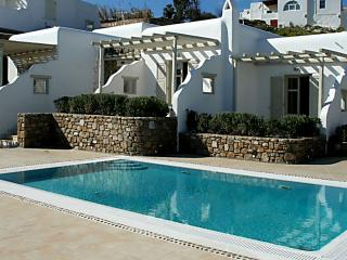 Elegant Villa, Mykonos (ville)