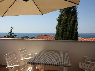 Family Apartment Duba with panoramic Sea view, Krk