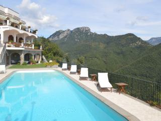 Amalfi Coast Villa with Pool within Walking Distance of Ravello Main Square - Vi