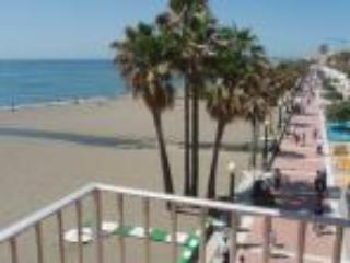 Frontline Beach Apartment C, Estepona