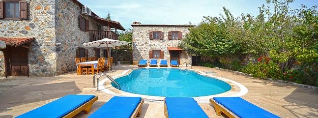 Large Family Private Holiday Home, Kayakoy
