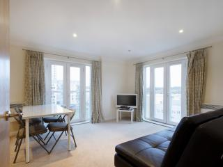 Handleys Court, Apt 68 - Large 2 Bed