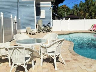 Studio Orlando in Fort Myers *LONG-TERM RENTAL POSSIBLE FROM $890 PER MONTH*