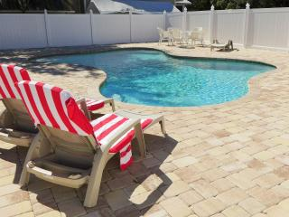 Studio Tampa Home in Fort Myers *LONG-TERM RENTAL POSSIBLE FROM $890 PER MONTH*