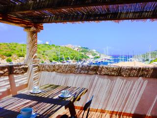 PEARL NO 2BR-Pool&Terrace by KlabHouse, Santa Teresa di Gallura
