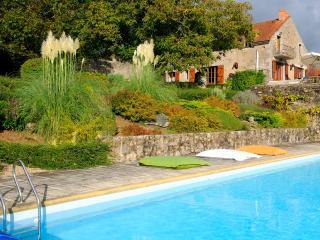 Gite 18 personnes Chezelles parc Morvan Bourgogne