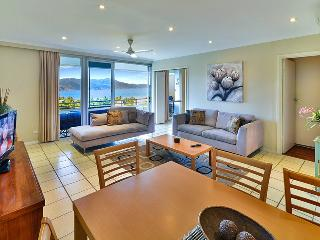 Poinciana Lodge #208, Hamilton Island