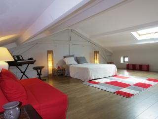Charmante Triplex, 60 m2 mezzanine avec Jardin
