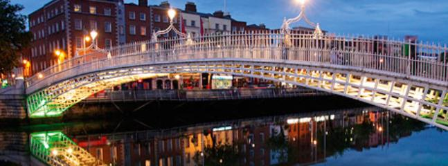 Christmas at Halfpenny Bridge - 10 mins walk