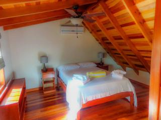 Low Caye Cottages - Reef Cottage