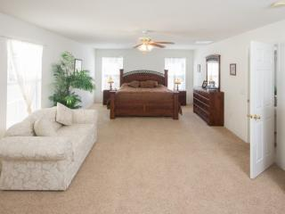 Liberty Village - 3 BR Private Pool Home, Game Room, Conservation View - IPG 47171, Kissimmee