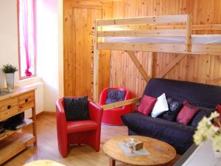 studio de charme *** à Luz- Prêt des skis gratuit, Luz-Saint-Sauveur