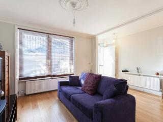 Exquisite Apartment in Chelsea with Garden, London