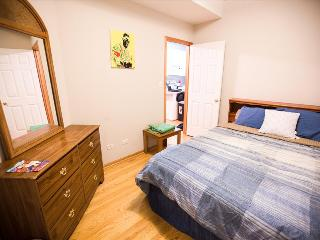 Private Comfy Room in Wicker Park, Chicago