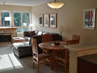Newly Renovated Tyndall Stone 1 Bedroom, Whistler