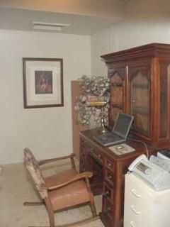 Antique desk, dependable high speed wifi.
