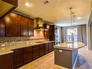 A brandnew 3,500sf home, North Houston