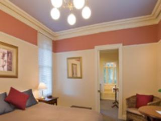 Banks suite Adjoining room occupies a single bed, suitable for 3 adults