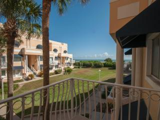 Ocean View Weekly Rental in Cape Canaveral!