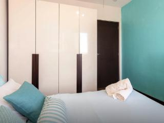 2BR Beautiful Property Near Mall of Asia & Airport, Paranaque