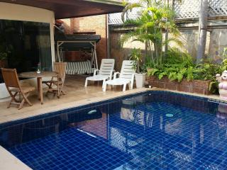 Lovely 3 bed pool villa in central Jomtien, Jomtien Beach