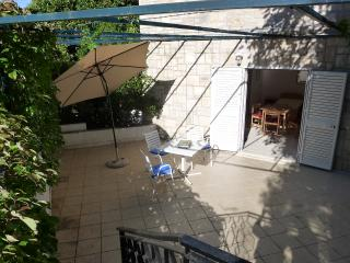 Villa Nona Studio - 3 pax, 30 sqm, big terrace, Cavtat
