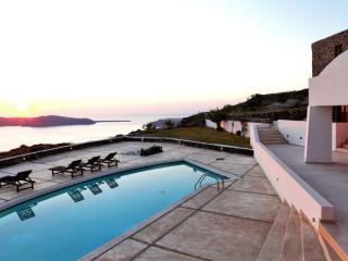 Periscope Villa, Santorin