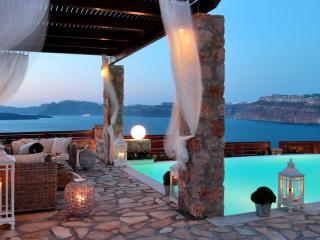 Michaela Residence, Santorini